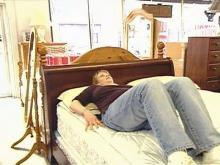 1181867521_mattress1-220x165